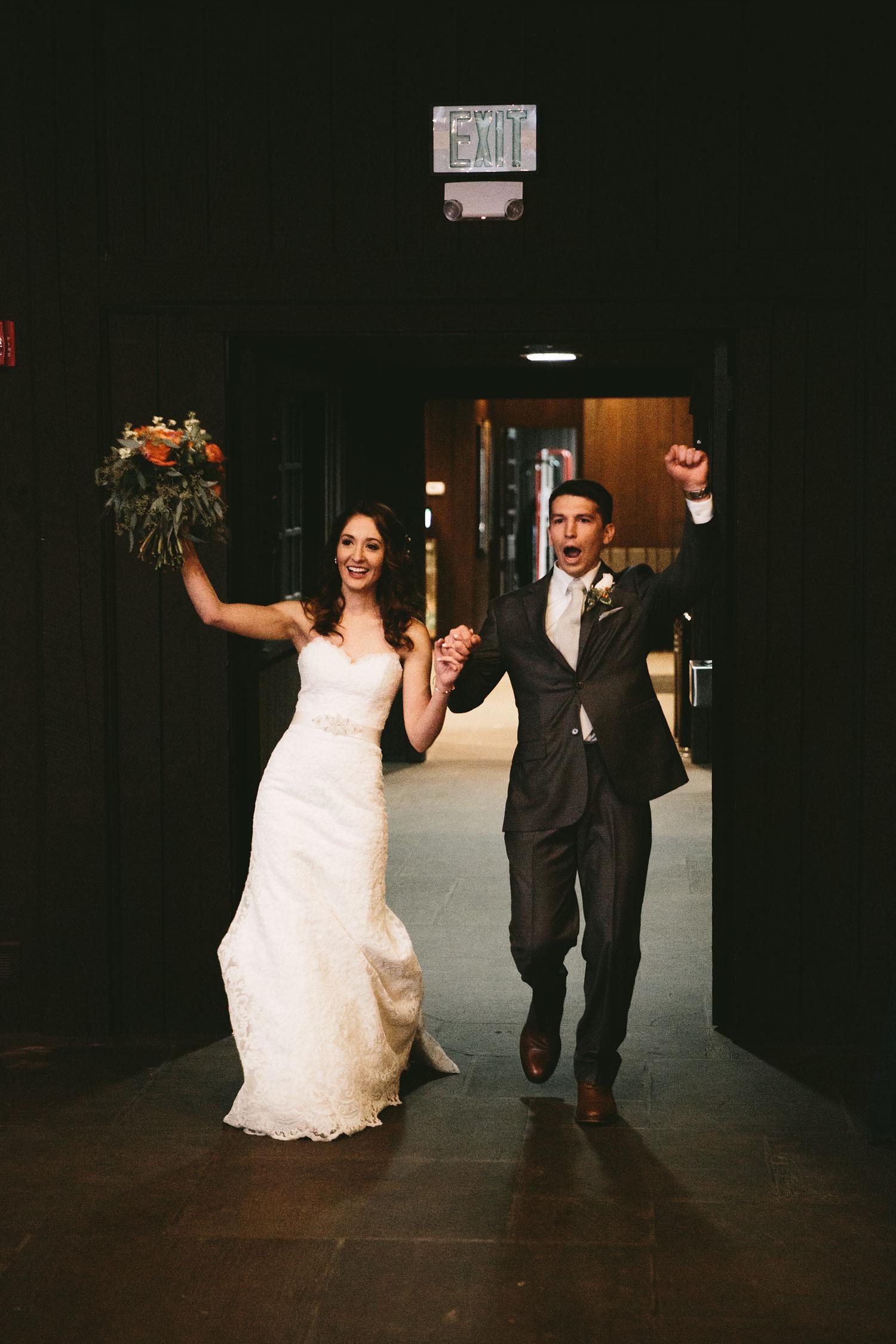 cleveland-wedding-photographers-cuyahoga-valley-national-park-happy-days-lodge-86.jpg
