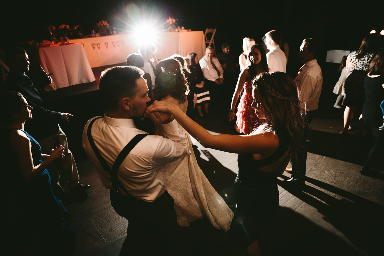 cleveland-wedding-photographers-cuyahoga-valley-national-park-happy-days-lodge-95.jpg