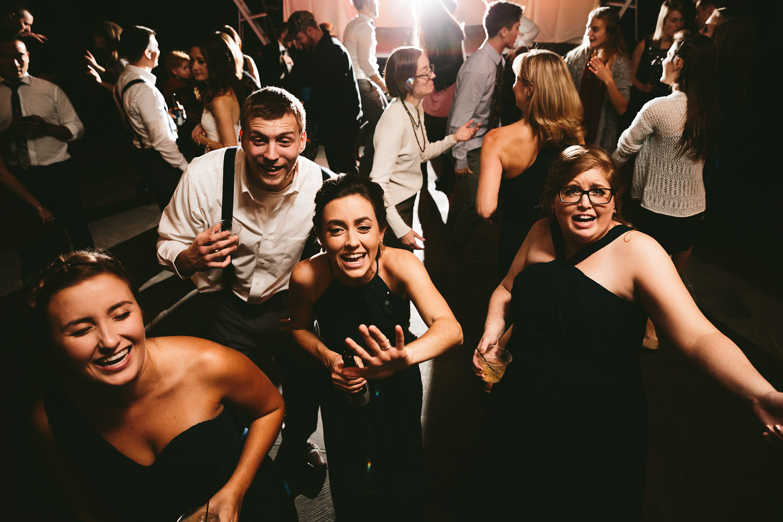 cleveland-wedding-photographers-cuyahoga-valley-national-park-happy-days-lodge-100.jpg