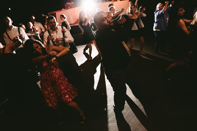 cleveland-wedding-photographers-cuyahoga-valley-national-park-happy-days-lodge-103.jpg