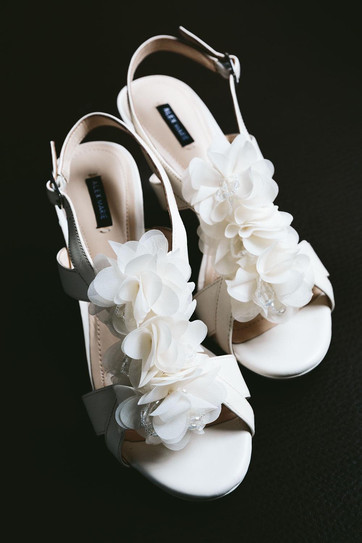 cleveland-wedding-photographers-conrad-botzum-farmstead-akron-ohio-vintage-photojournalistic-photography-7.jpg