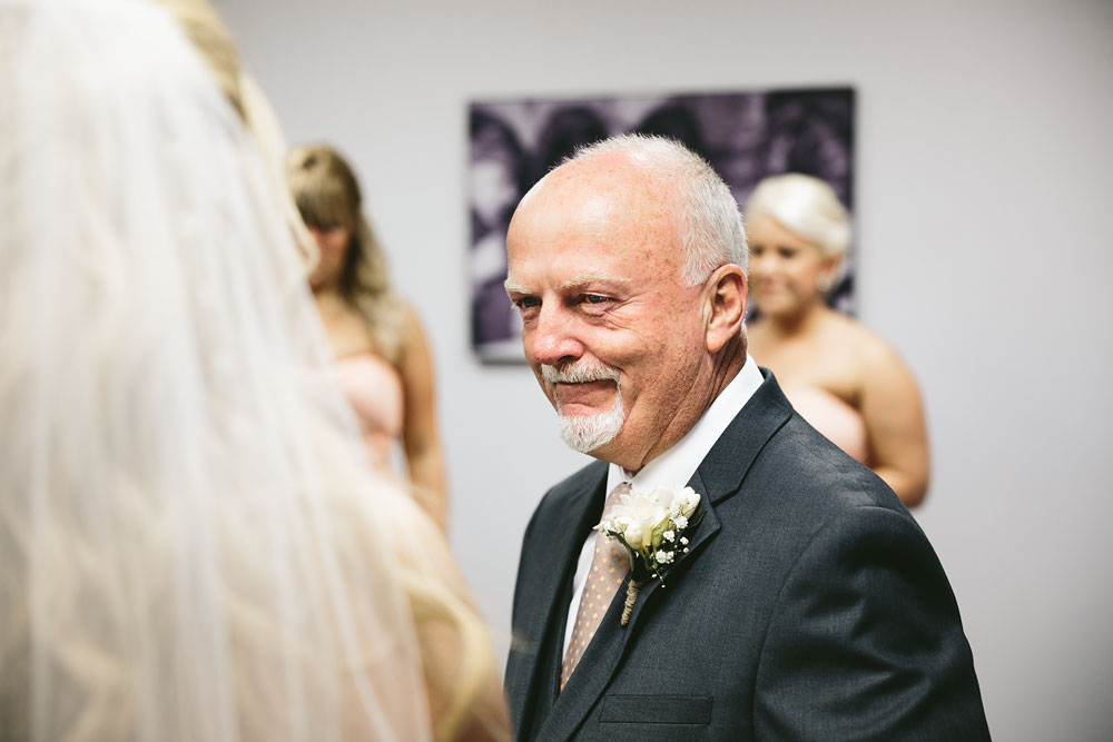 cleveland-wedding-photographers-conrad-botzum-farmstead-akron-ohio-vintage-photojournalistic-photography-21.jpg