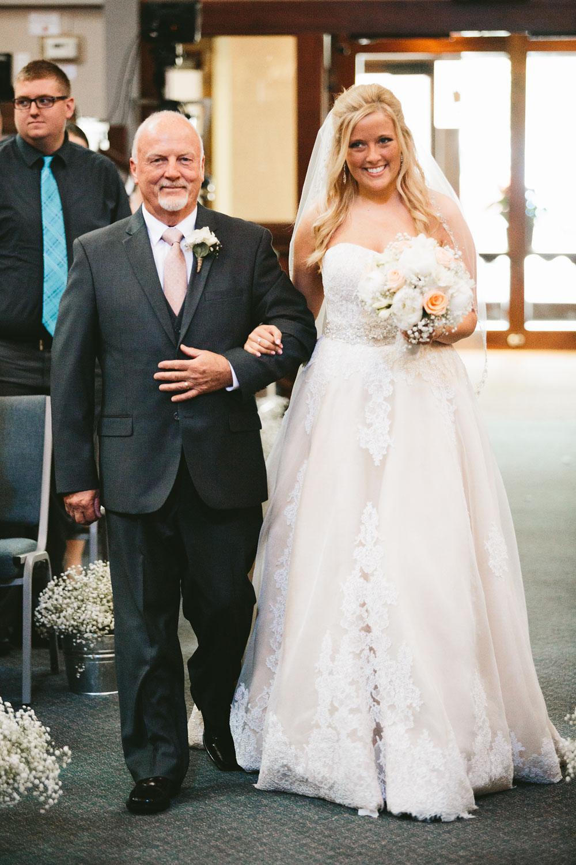 cleveland-wedding-photographers-conrad-botzum-farmstead-akron-ohio-vintage-photojournalistic-photography-23.jpg
