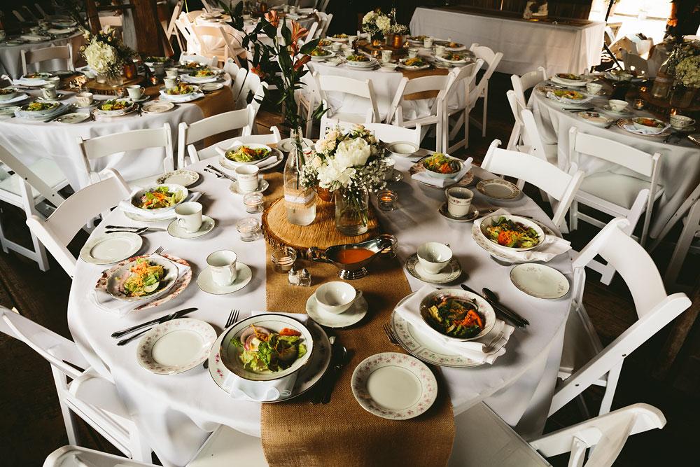 cleveland-wedding-photographers-conrad-botzum-farmstead-akron-ohio-vintage-photojournalistic-photography-30.jpg