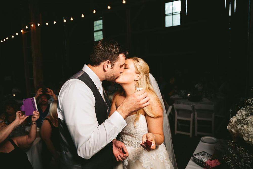cleveland-wedding-photographers-conrad-botzum-farmstead-akron-ohio-vintage-photojournalistic-photography-54.jpg