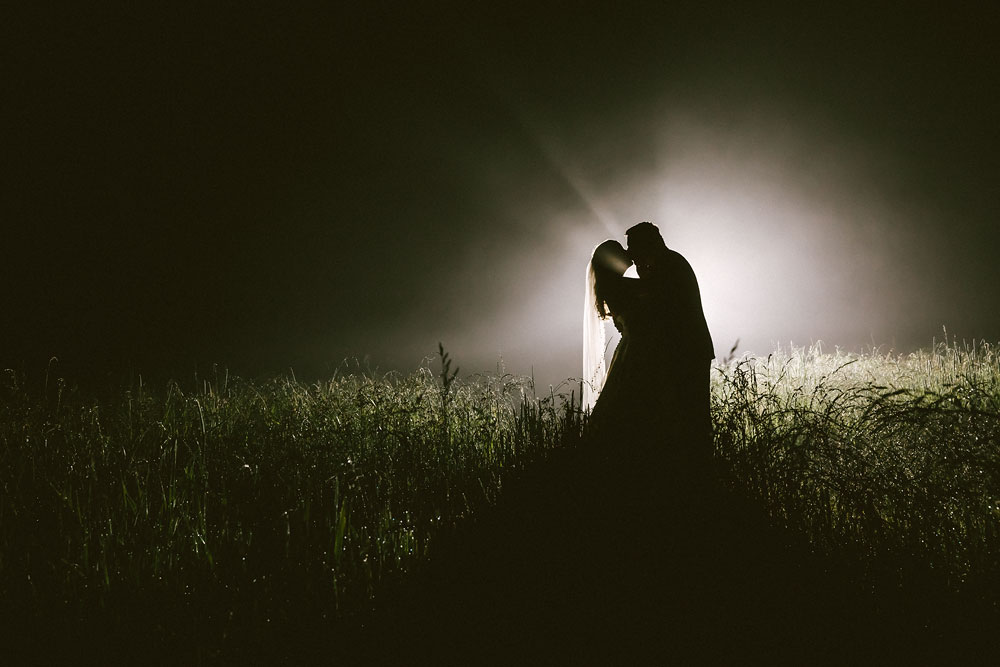 cleveland-wedding-photographers-conrad-botzum-farmstead-akron-ohio-vintage-photojournalistic-photography-62.jpg