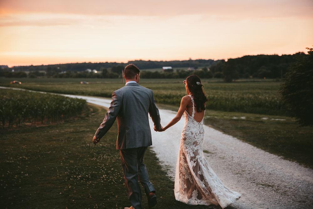 barn-rustic-wedding-photographers-the-meadows-cleveland-wedding-photographers-92.jpg