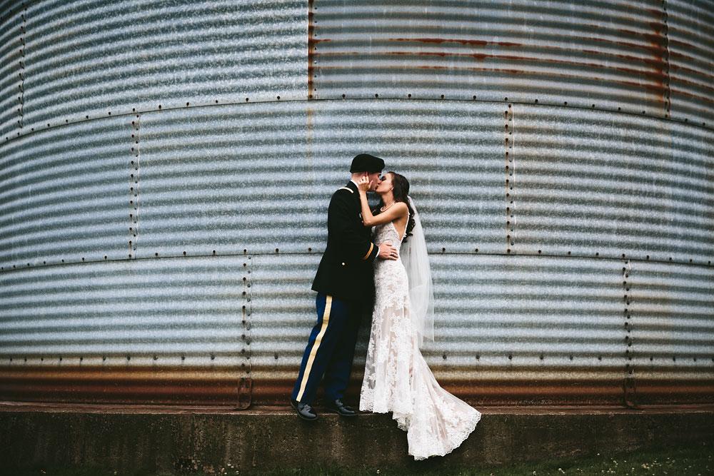 barn-rustic-wedding-photographers-the-meadows-cleveland-wedding-photographers-66.jpg