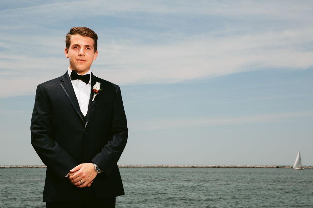 modern-cleveland-wedding-photographers-photojournalistic-5.jpg