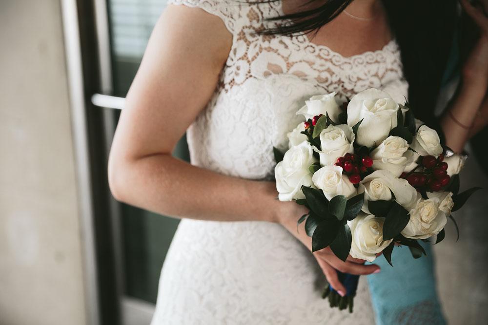 modern-cleveland-wedding-photographers-photojournalistic-18.jpg