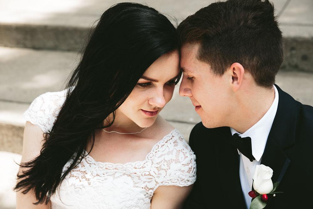 modern-cleveland-wedding-photographers-photojournalistic-25.jpg
