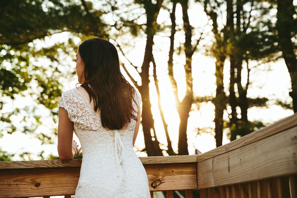 modern-cleveland-wedding-photographers-photojournalistic-39.jpg