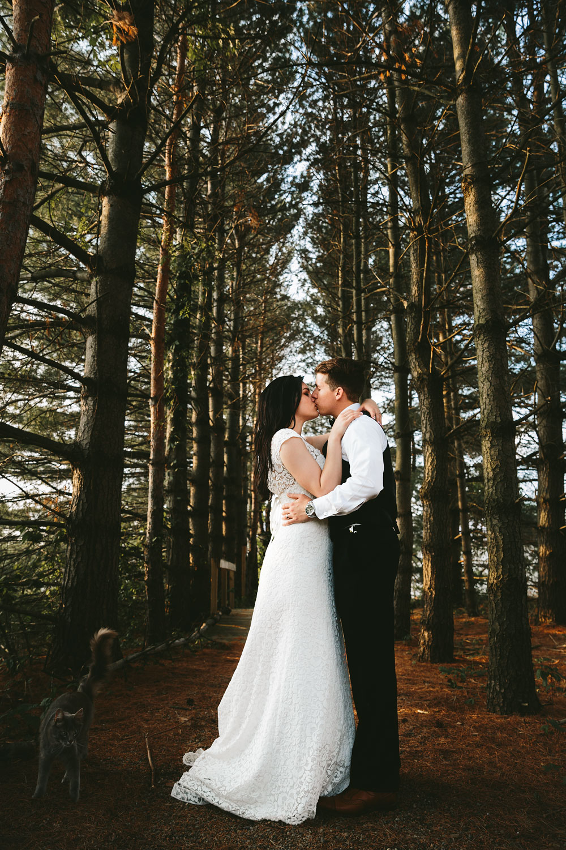 modern-cleveland-wedding-photographers-photojournalistic-38.jpg