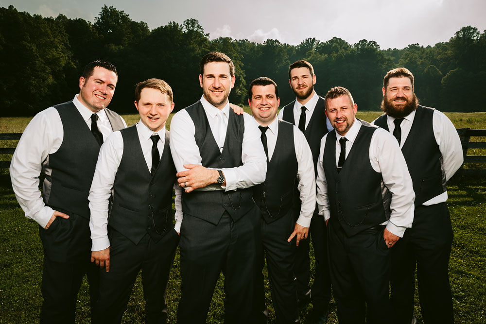 cleveland-wedding-photographers-conrad-botzum-farmstead-akron-ohio-vintage-photojournalistic-photography-40.jpg