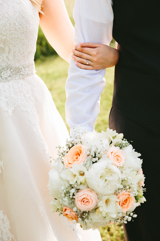 cleveland-wedding-photographers-conrad-botzum-farmstead-akron-ohio-vintage-photojournalistic-photography-42.jpg