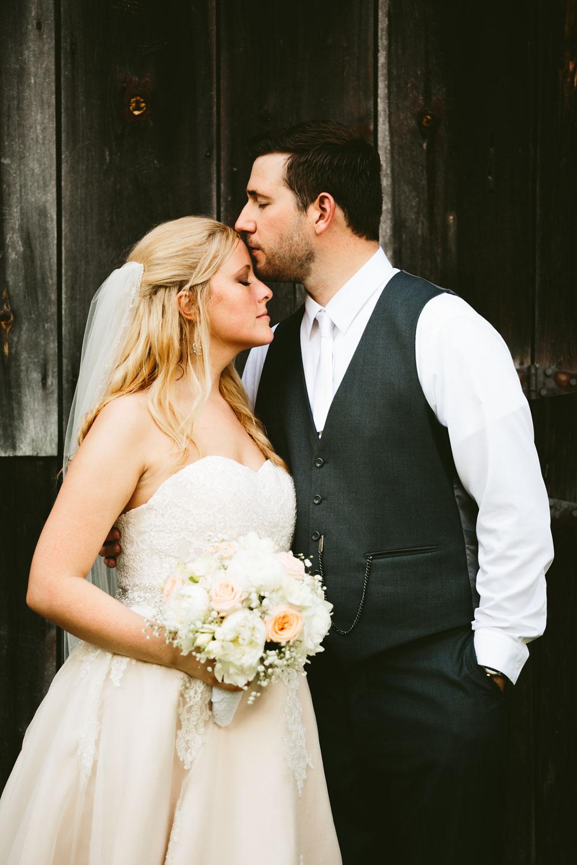 cleveland-wedding-photographers-conrad-botzum-farmstead-akron-ohio-vintage-photojournalistic-photography-45.jpg