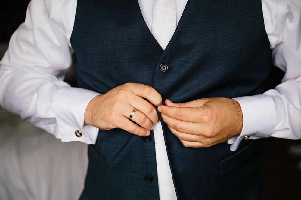 ohio-wedding-photography-downtown-wedding-photography-catholic-ceremony-st-bridget-st-demetrios-cultural-hall-3.jpg