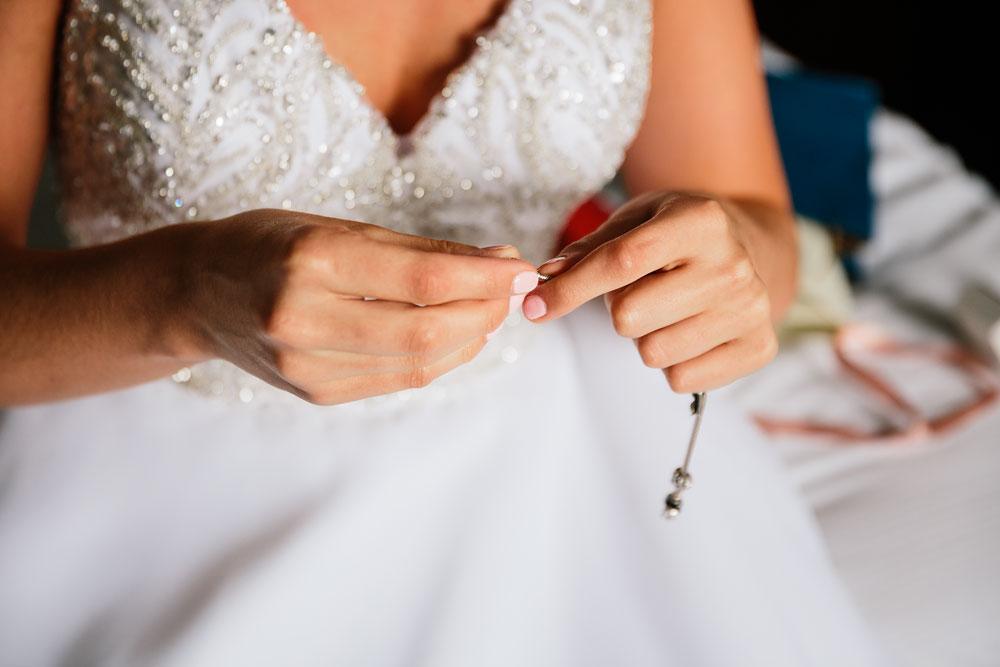 ohio-wedding-photography-downtown-wedding-photography-catholic-ceremony-st-bridget-st-demetrios-cultural-hall-33.jpg