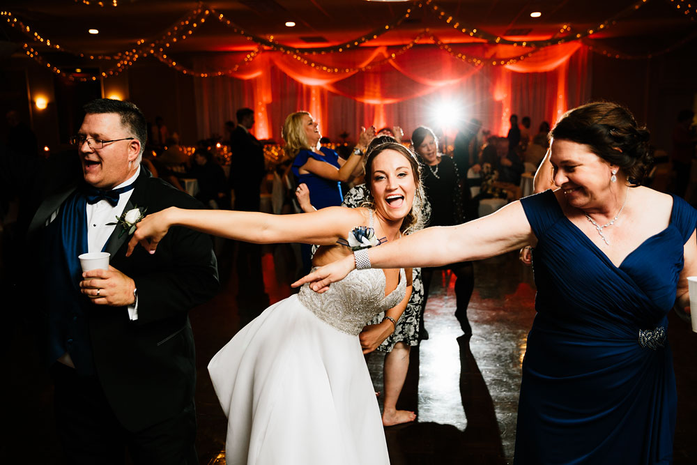ohio-wedding-photography-downtown-wedding-photography-catholic-ceremony-st-bridget-st-demetrios-cultural-hall-193.jpg
