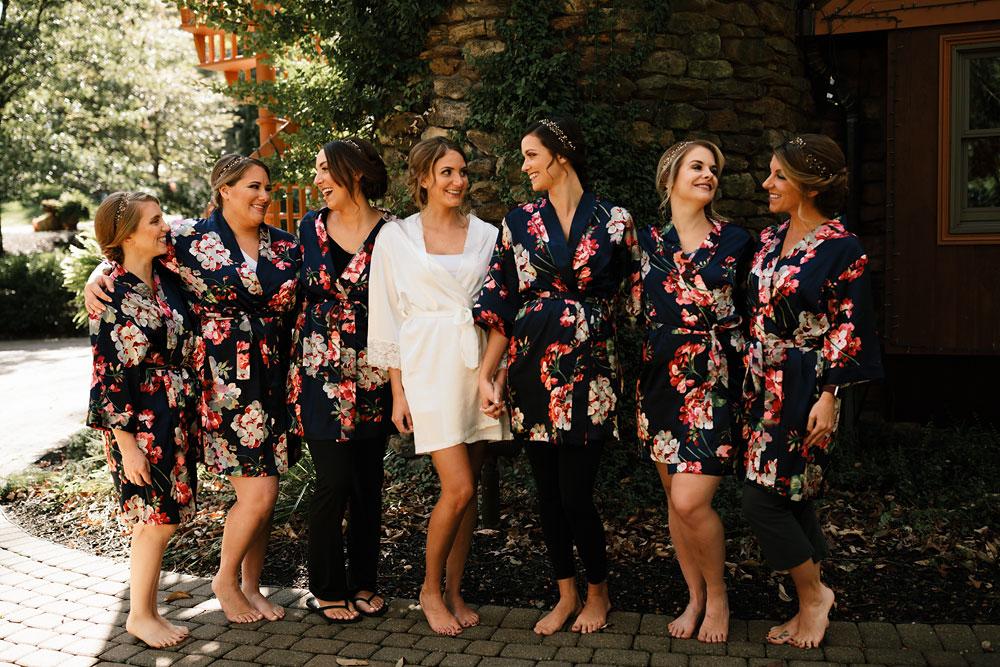 columbus-ohio-wedding-photographers-landolls-mohican-castle-central-ohio-fall-outdoor-wedding-22.jpg