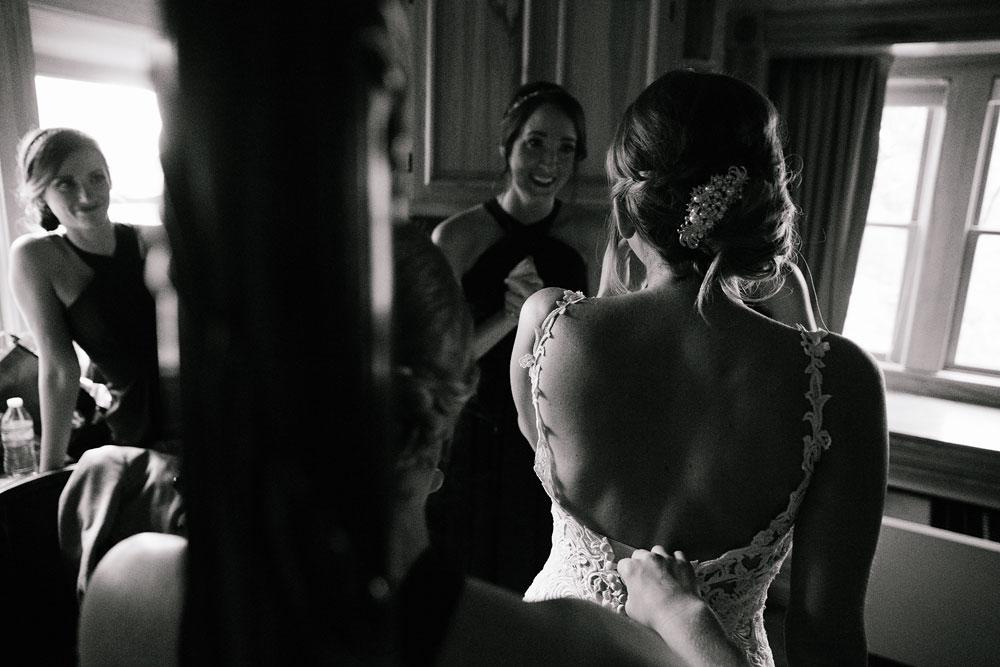 columbus-ohio-wedding-photographers-landolls-mohican-castle-central-ohio-fall-outdoor-wedding-31.jpg