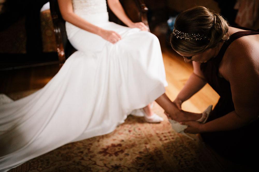columbus-ohio-wedding-photographers-landolls-mohican-castle-central-ohio-fall-outdoor-wedding-35.jpg