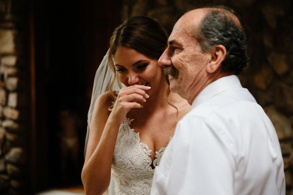columbus-ohio-wedding-photographers-landolls-mohican-castle-central-ohio-fall-outdoor-wedding-38.jpg
