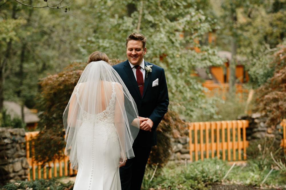 columbus-ohio-wedding-photographers-landolls-mohican-castle-central-ohio-fall-outdoor-wedding-72.jpg