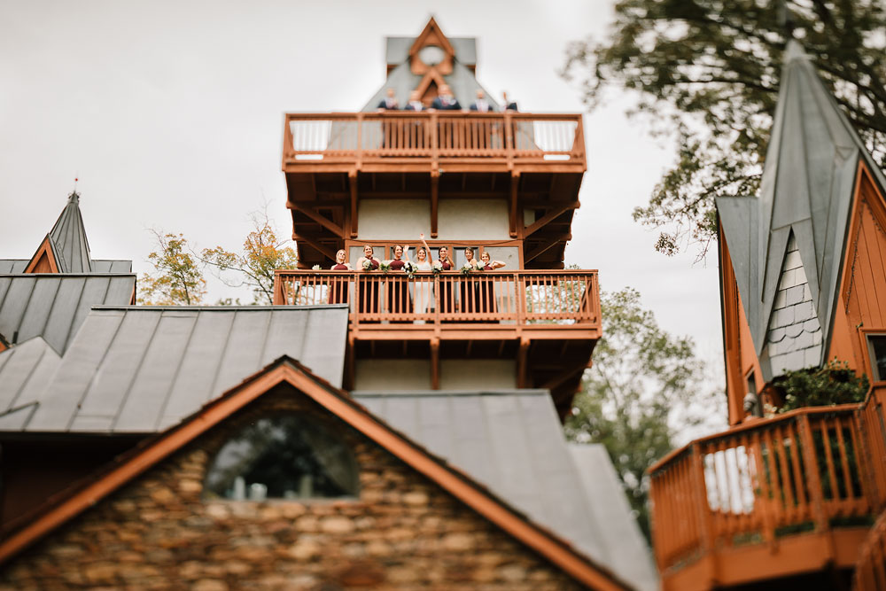 columbus-ohio-wedding-photographers-landolls-mohican-castle-central-ohio-fall-outdoor-wedding-92.jpg