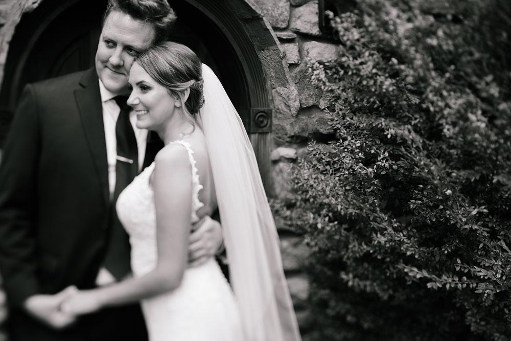 columbus-ohio-wedding-photographers-landolls-mohican-castle-central-ohio-fall-outdoor-wedding-95.jpg