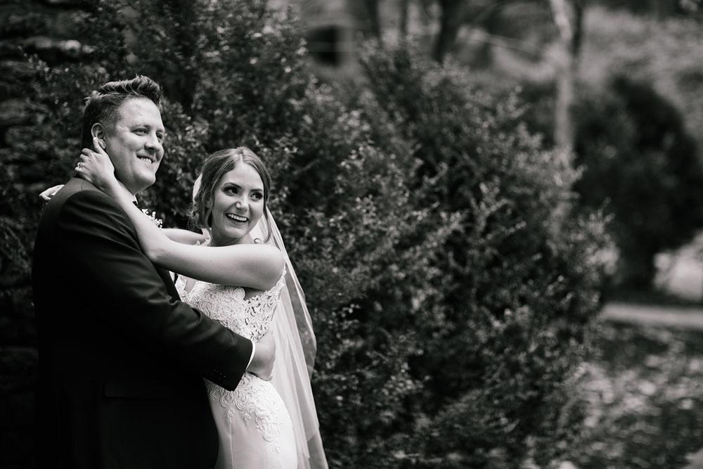 columbus-ohio-wedding-photographers-landolls-mohican-castle-central-ohio-fall-outdoor-wedding-99.jpg