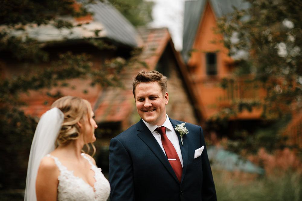 columbus-ohio-wedding-photographers-landolls-mohican-castle-central-ohio-fall-outdoor-wedding-100.jpg