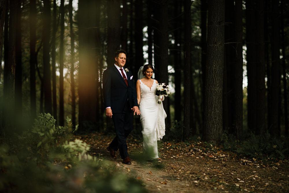 columbus-ohio-wedding-photographers-landolls-mohican-castle-central-ohio-fall-outdoor-wedding-127.jpg