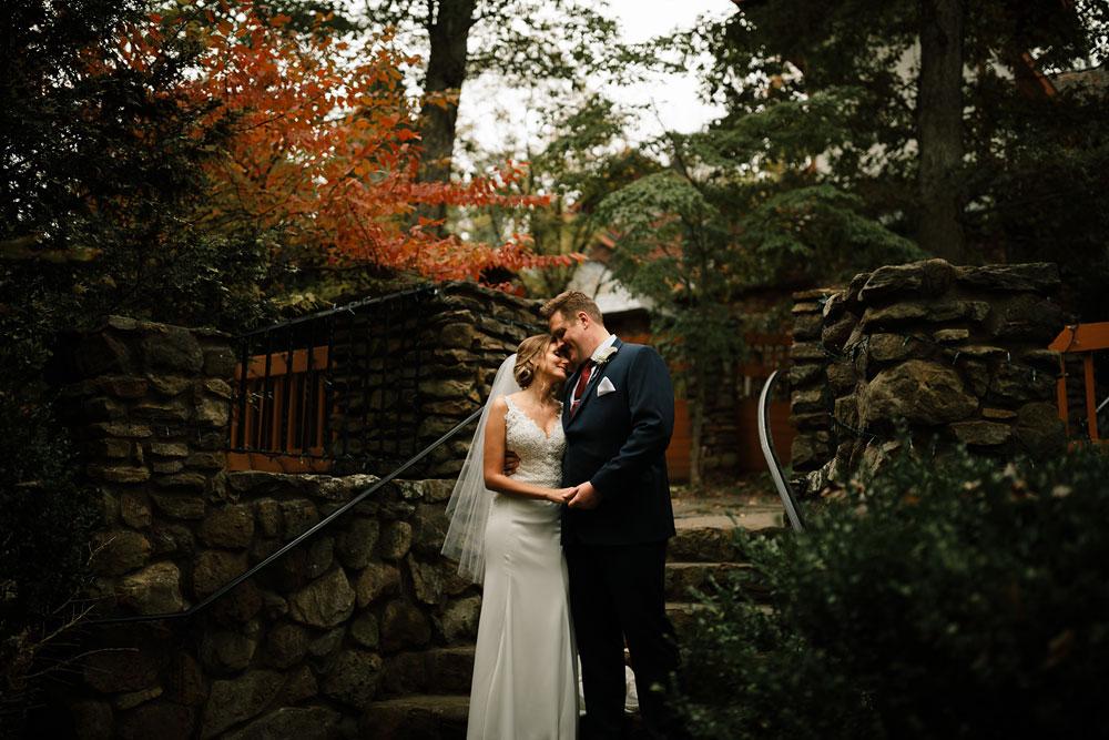 columbus-ohio-wedding-photographers-landolls-mohican-castle-central-ohio-fall-outdoor-wedding-137.jpg