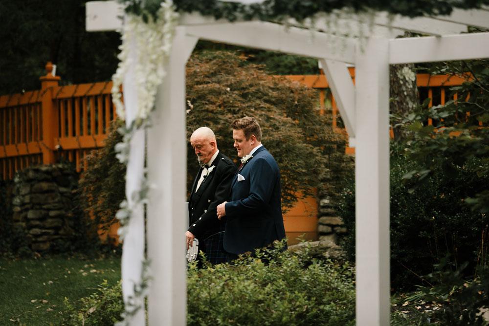 columbus-ohio-wedding-photographers-landolls-mohican-castle-central-ohio-fall-outdoor-wedding-149.jpg