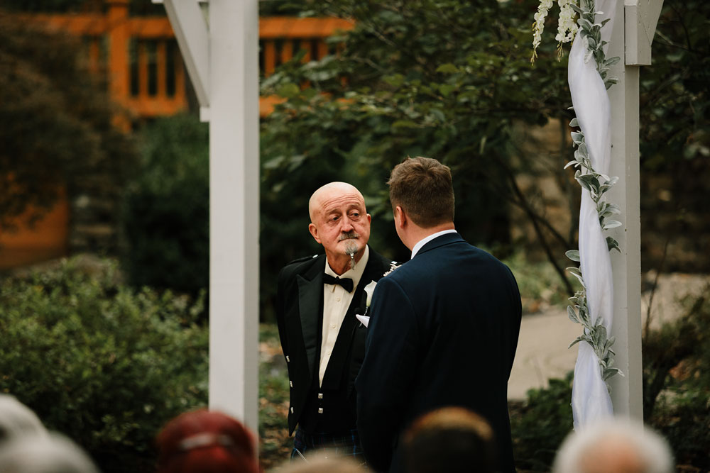 columbus-ohio-wedding-photographers-landolls-mohican-castle-central-ohio-fall-outdoor-wedding-150.jpg
