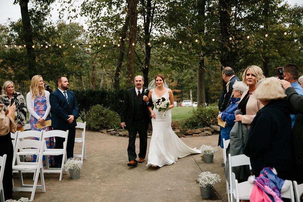 columbus-ohio-wedding-photographers-landolls-mohican-castle-central-ohio-fall-outdoor-wedding-155.jpg