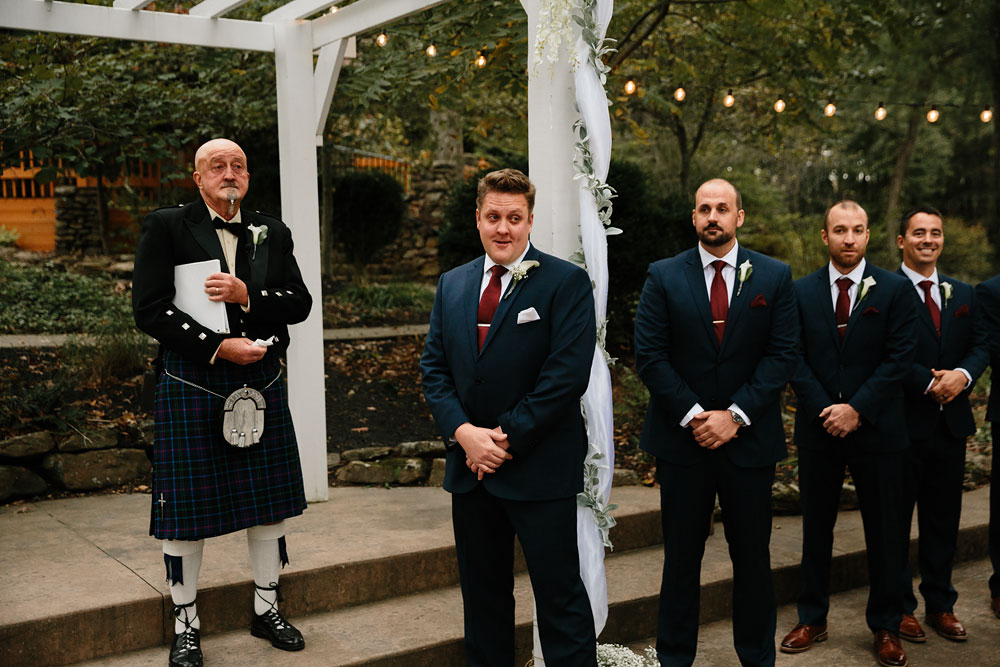 columbus-ohio-wedding-photographers-landolls-mohican-castle-central-ohio-fall-outdoor-wedding-156.jpg