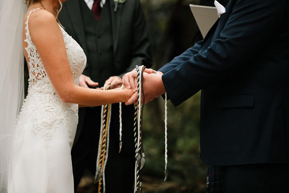columbus-ohio-wedding-photographers-landolls-mohican-castle-central-ohio-fall-outdoor-wedding-166.jpg