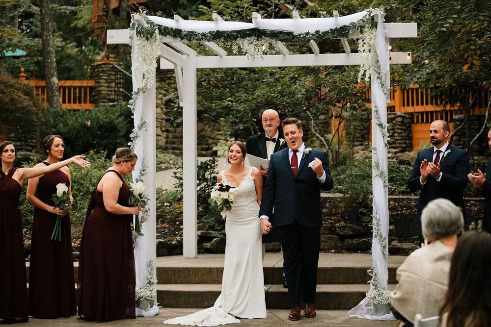 columbus-ohio-wedding-photographers-landolls-mohican-castle-central-ohio-fall-outdoor-wedding-169.jpg