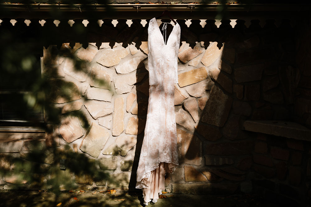 cuyahoga-valley-national-park-wedding-photographers-cleveland-ohio-hines-hill-conference-center-6.jpg