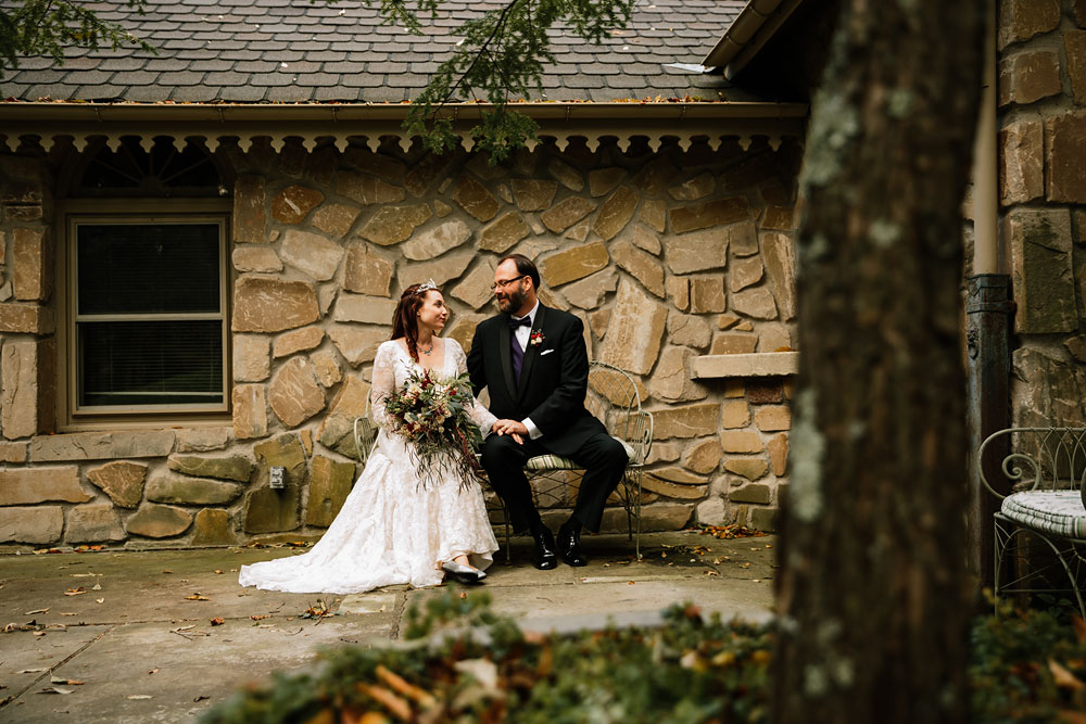 cuyahoga-valley-national-park-wedding-photographers-cleveland-ohio-hines-hill-conference-center-79.jpg