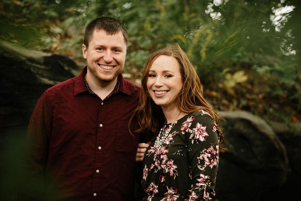 cleveland-wedding-photographers-engagement-at-pattersons-fruit-farm-chesterland-ohio-orchard-2.jpg