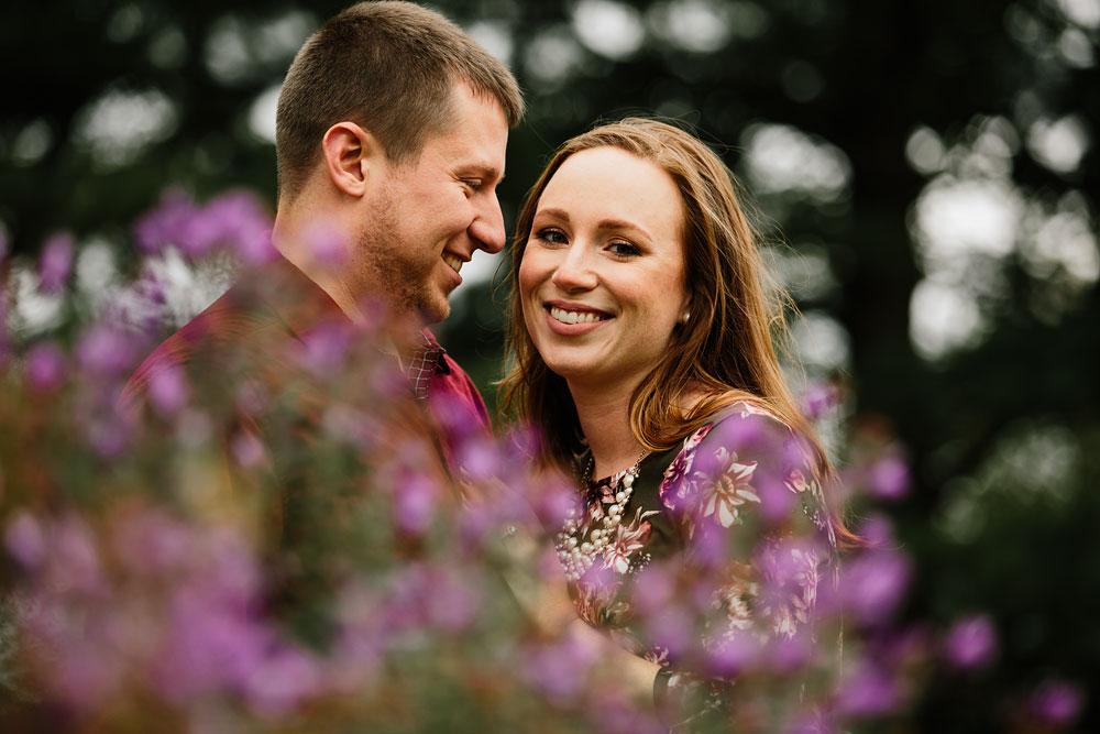 cleveland-wedding-photographers-engagement-at-pattersons-fruit-farm-chesterland-ohio-orchard-9.jpg