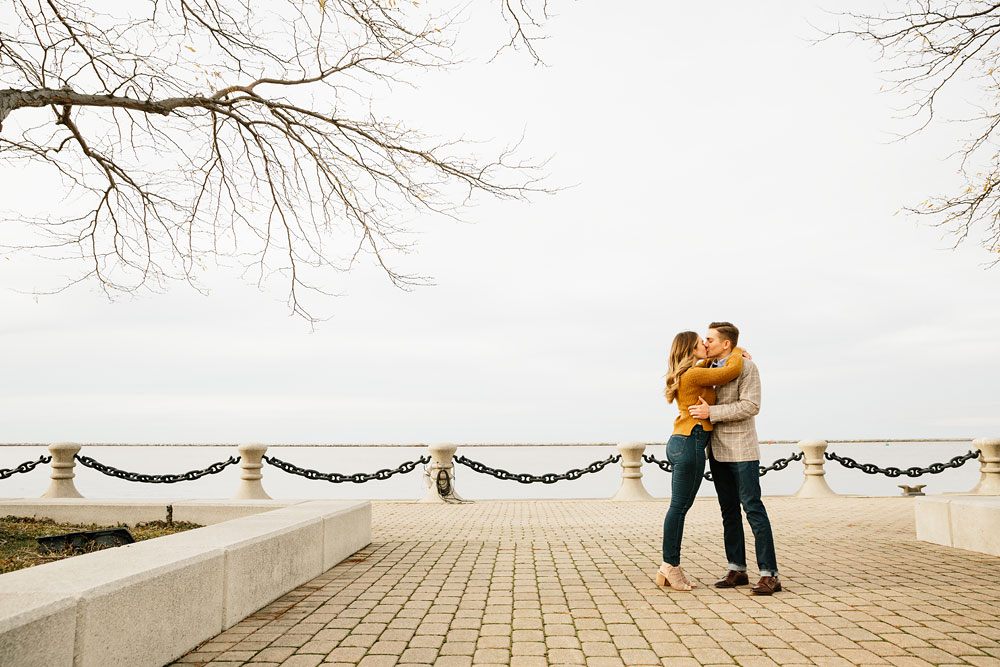 cleveland-wedding-photographers-engagement-downtown-cleveland-ohio-6.jpg