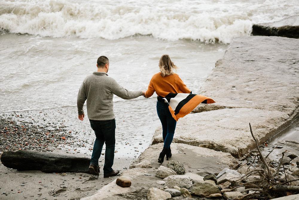 cleveland-wedding-photographers-engagement-edgewater-beach-rocky-river-metroparks-21.jpg