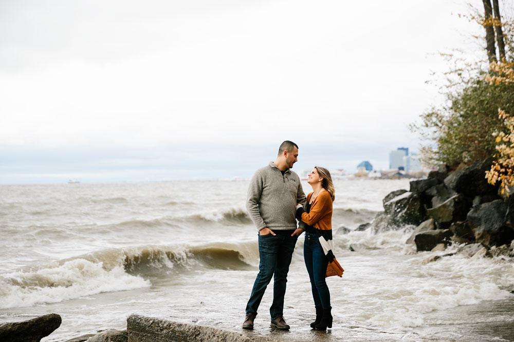 cleveland-wedding-photographers-engagement-edgewater-beach-rocky-river-metroparks-25.jpg