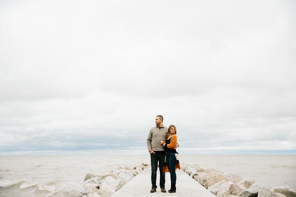 cleveland-wedding-photographers-engagement-edgewater-beach-rocky-river-metroparks-34.jpg