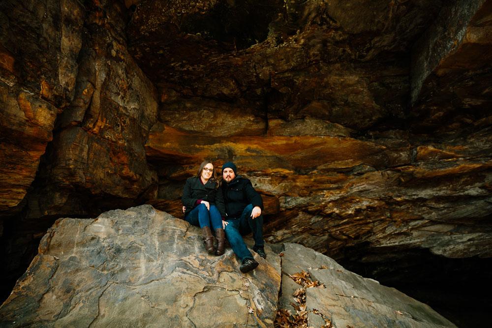 cuyahoga-falls-gorge-engagement-photography-akron-photographers-17.jpg