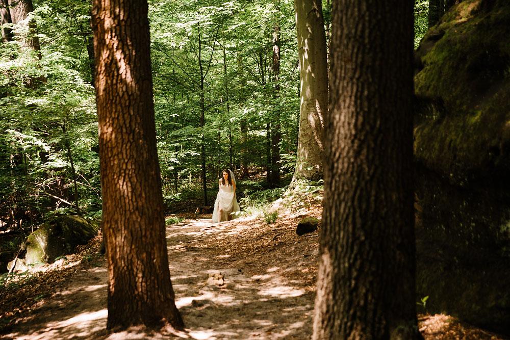 happy-days-lodge-wedding-photography-cuyahoga-valley-national-park-cvnp-cleveland-wedding-photographers-peninsula-ohio-29.jpg